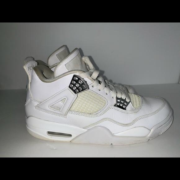 huge selection of d6265 f0070 Nike Air Jordan 4 Retro White Men's Size 9.5 Shoes